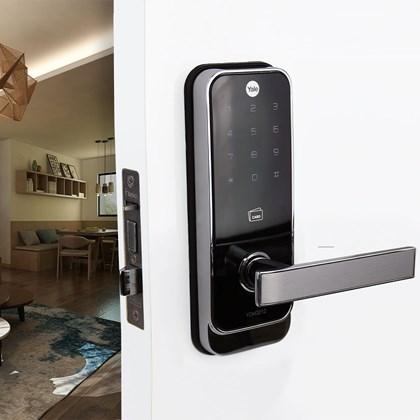 Fechadura Digital YDM 3212 abre com Senha e Cartão Trinco Lingueta e Reversível